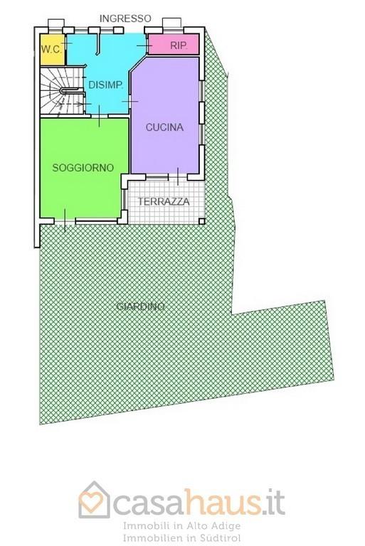 Casa indipendente in vendita a bolzano ponte adige rif r 4204 for Piani di 20x30 posti auto coperti