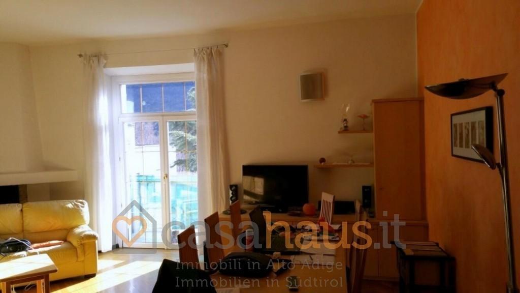 Appartamento in vendita a bolzano piani rif r 4400 e for Appartamento a 3 piani