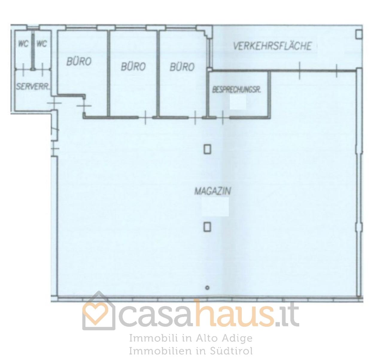 Magazzino in vendita a bolzano piani rif c 254 for Piani di garage in vendita